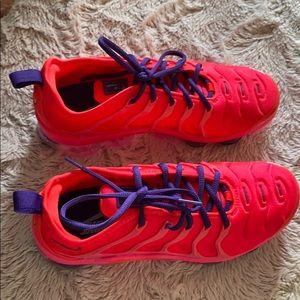 Brand New women's Nike air vapor max plus